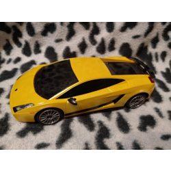 Sárga autó (453)
