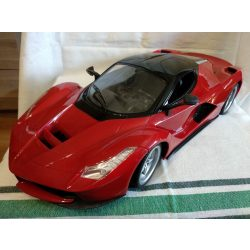 Nagyméretű piros autó (432)