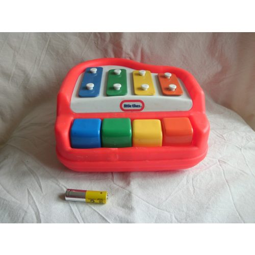 Little tikes zongora
