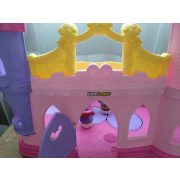 Fisher Price Little People hercegnős kastély figurákkal