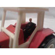 Piros traktor