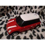 Piros autó (453)