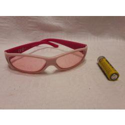 Dórás napszemüveg