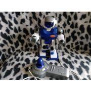Sétáló robot (445)