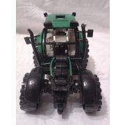 Zöld traktor