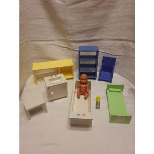 IKEA-s bababútor babával