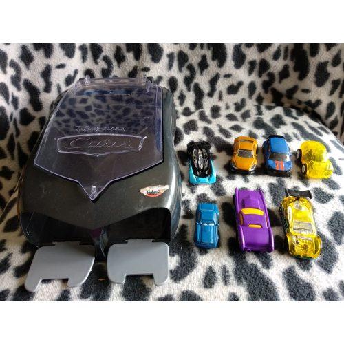 Verdás autókilövő kisautókkal (399)