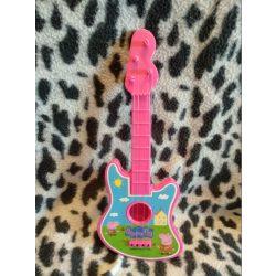 Kisméretű Peppa gitár