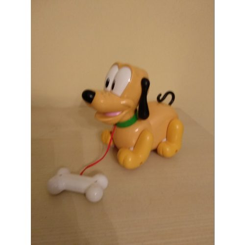 Clementoni ugató, zenélő húzható Plútó kutya