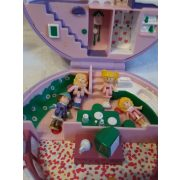 Mini Polly Pocket ház 4 mini Polly Pocket babával