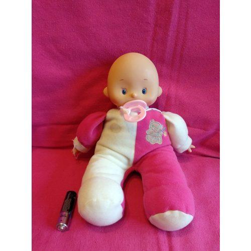Rózsaszínű pufi baba
