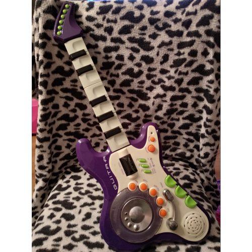 Elektromos gitár (518)