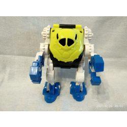 Robot (8)