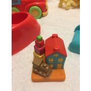 Játszóteres játékszett játékbabákhoz.