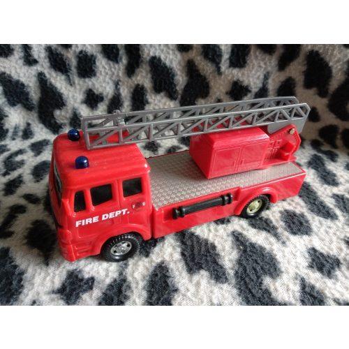 Tűzoltóautó (517)