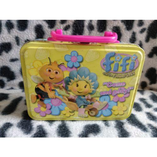 Fifi kis fém dobozka (518)