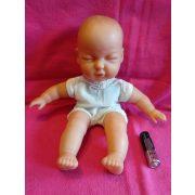 Csukott szemű baba 2
